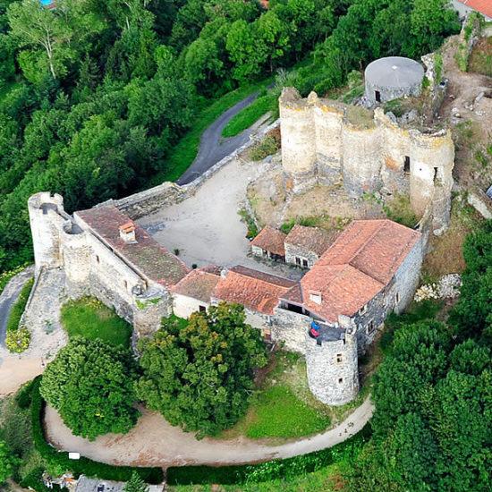 e2z3h-vue_aerienne_chateau_montmorin_9